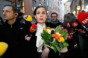 Tomas Oneborg/SvD/TTSara Danius, tillsammans med Kjell Espmark och Peter Englund, kräver att Horace Engdahl avgår från Svenska Akademien. Arkivbild.