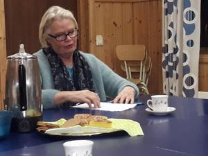 Ulla Nätterlund redogjorde för sommarverksamheten hos Käxeds intresseförening, Utafjärn.