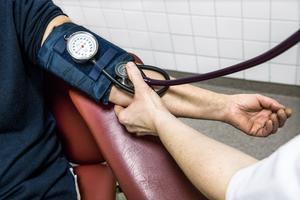 En nära vård ska med patienten i centrum underlätta för samverkan mellan olika vårdområden och aktörer, skriver Roger Byström (C), gruppledare Region Västernorrland. Foto: TT
