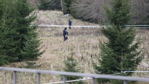 Polisen var snabbt på plats vid Norrleden och spärrade av ett stort område.