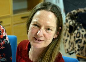Camilla Åsbacka jobbar som socionom och familjebehandlare i projektet Föräldrastöd för ökad skolnärvaro.