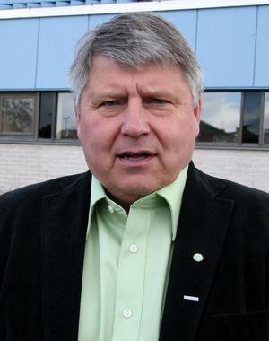 """Ungmoderaterna i Ludvika har """"helt tappat förtroendet"""" för Kjell Israelsson."""