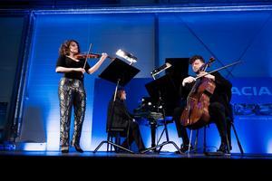 Liza Ferschtman, violin och István Várdai, cello. Foto: Nikolaj Lund