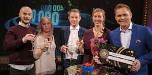 Lillemor Erikssons söner och svärdöttrar var med i söndagskvällens Bingolottosändning. Foto: Johan Carlén