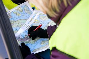 Missing Peoples operativa chef Kicki Nyman höll koll på var sökgrupperna uppehöll sig i Domsjöområdet.