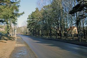Till höger om Rönnbergagatan stoppas bostadsbyggen.