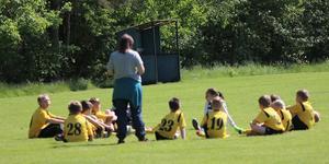 Fotbollsspelarna i Mölnbo IF får sällskap av gymnaster när två föreningar blir en.