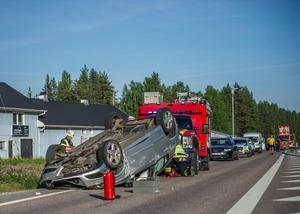 Foto: Niklas Hagman.Kilometerlånga köer har bildats på platsen.