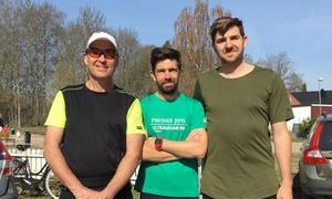 Rolf Ekström, Mattias Eriksson och Benny Fager har tränat hårt inför maratonloppet den 1 juni. De springer i Roger Erikssons minne.