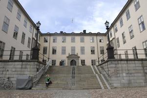Skribenten har två mål i Svea hovrätt.