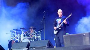 John Gallagher, frontman i Dying Fetus, gurglar loss på Gefle Metal Festival 2019 års första dag.