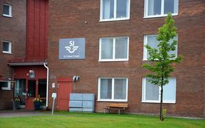 SJ meddelar att man inte kommer fortsätta hyra lokalerna på Åsgatan som varit  bas för bolagets kundtjänstverksamhet sedan 1990-talet.