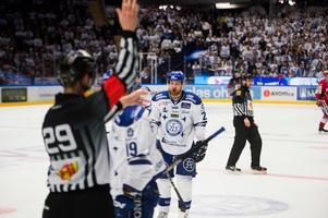 Mattias Ritola och hans Leksand är pressat efter två raka finalförluster mot Timrå. Och den egna insatsen är han kritisk till: