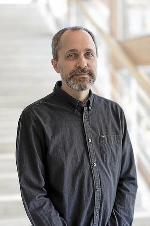 Kulturchefen Lars Alkners nya förordnande löper ut 2026.