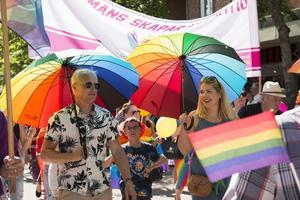 Alla är välkomna under samma paraply, skriver Majs Keller, projektledare för Söderhamns Pride.