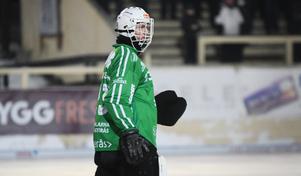Henrik Kjellsson bjöd på många räddningar på Sävstaås den här kvällen.