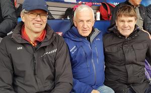 Jonny Danielsson, Lars-Erik Nilsson och Mats Erixon på Bauhausgalan. Trion är de enda i Sverige som har sprungit 10 000 meter på under 28 minuter. Foto: Privat