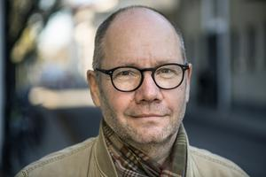 Peter Englund talar ut om krisen i Svenska Akademien. Foto: Anders Wiklund / TT