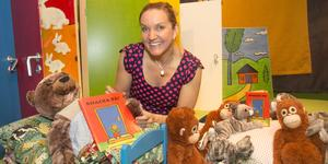 Man leker sig igenom sagan, säger Louise Borg, småbarnsbibliotekarie på Nynäshamnsbibliotek.