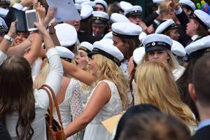 Dags för studenten på Brinellgymnasiet i Nässjö – även i år coronasäkrat.