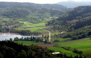 Utsikten från Omneberget är mycket vacker. Nu vill byföreningen också utveckla ett annat utsiktsberg i Omne, Öjberget.