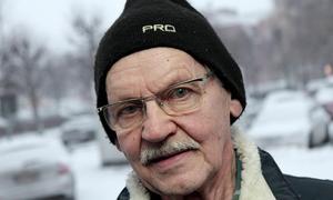 """""""Man får åka åtta mil för att ta blodprov. Det är inget annat än en skandal"""", säger Eero Mäkivierikko.Foto: Boo Ericsson/Arkiv"""