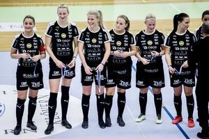 Örebro FC:s nystartade damlag gjorde vad herrarna inte förmått sedan 2017 – tog ett DM-guld i futsal. Lag är dessutom en av favoriterna inför SM-slutspelet i februari och mars.