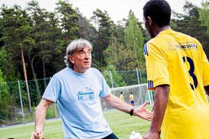 Rocco Milovanovic, eldsjäl i idrotts-Västerås som är tränare för FC Europa – en klubb han grundade för 30 år sedan. 2018 medverkar han i TV4-programmet