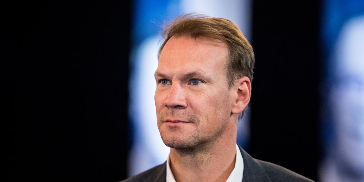"""Efter granskningen – nu tar Nicklas Lidström avstånd: """"Har bett om att bli borttagen"""""""