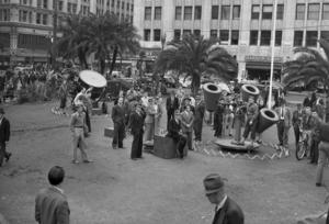 Strålkastare och luftvärn placeras ut i Los Angeles 1941. Foto: Los Angeles Times