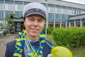 Daniel Persson kommer att jobba på Ica i backe i sommar.
