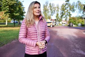 Rose-Mari Bogg, för- och grundskolenämndens ordförande, berättar att de måste se över kosthållningen i kommunen.