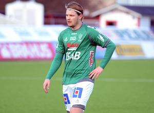 Erik Nilsson stannar i Brage.