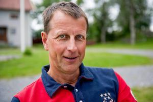 Patrik Nygren, ICA Maxi i Örnsköldsvik, tycker att ungdomar numera är skötsamma och inte brukar stjäla.
