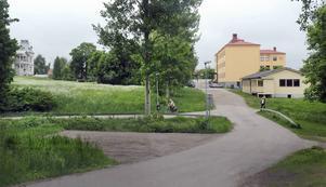 I första hand är det mindre lägenheter, ettor och tvåor, som ska byggas vid Myrbäckskroken.