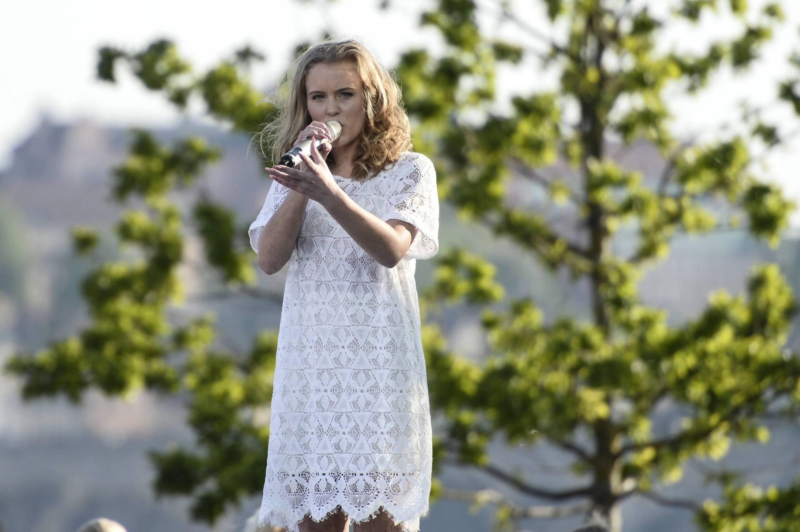 Zara larsson ska partaja hela natten
