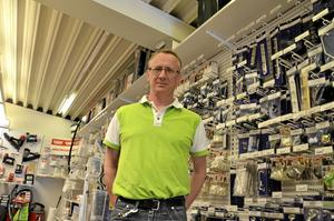 Pär Andersson driver Fjugesta järn- och färghandel sedan 2004 och i år är han dessutom årets företagare i Lekebergs kommun. Foto: Lars-Ivar Jansson