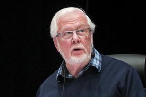 För första gången som kommunfullmäktiges ordförande fick Kjell Svantesson (S) använda sin utslagsröst, när det handlade om hur hårt Östersunds kommun ska driva på för att Brunflo ska få en Systembolagsbutik.