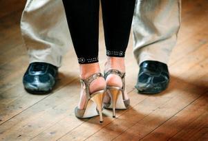 På golvet i Ås föreningshus har det dansats tango många gånger. I helgen arrangerades den 21:a tangofestivalen och i början av februari är det dags igen.
