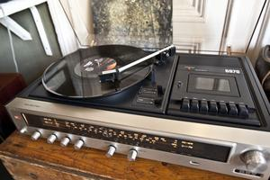 Vinylspelaren går varm.