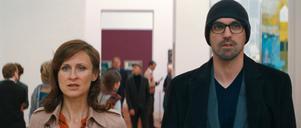 Deras 20-årigt förhållande sätts i gungning när Hanna (Sophie Rois) och Simon (Sebastian Schipper) förälskar sig på annat – och samma – håll.