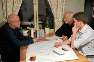Skrivarverkstad. Lars-Olov Fredh, Erik Borg och William Grönlund diskuterade samåkning.