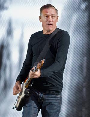 Bryan Adams gör sin enda Sverigekonsert i Sandviken.