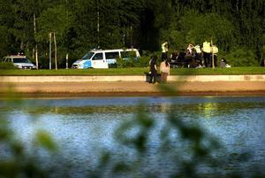 Polisbesök. Några firande ungdomar i Kålgården fick besök av polisen under fredagsnatten.