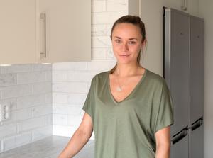 Ulrika Ängman flyttar bara någon kilometer i Falun, hon är glad över att få vara med och bestämma detaljer under renoveringen.