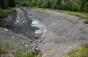 Vattenreservoaren vid Getberget är tömd och ska åtgärdas för att komma till rätta med problemet att vattenpunmpen sätts igen.