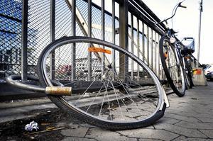 Antalet cykelstölder i länet har halverats sedan 1994.