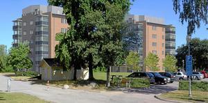 Kvarteret Regementet. På en yta intill Viksängs centrum tänker Mimer bygga två punkthus, Byggstarten planeras till hösten.