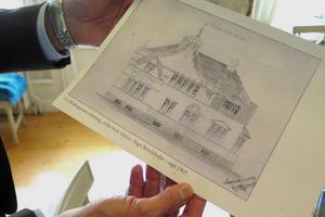 Huset har elva rum och är på 350 kvadratmeter.