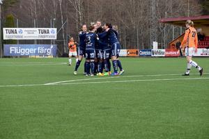 Jubel efter Kvarnsvedens 1–0-mål.